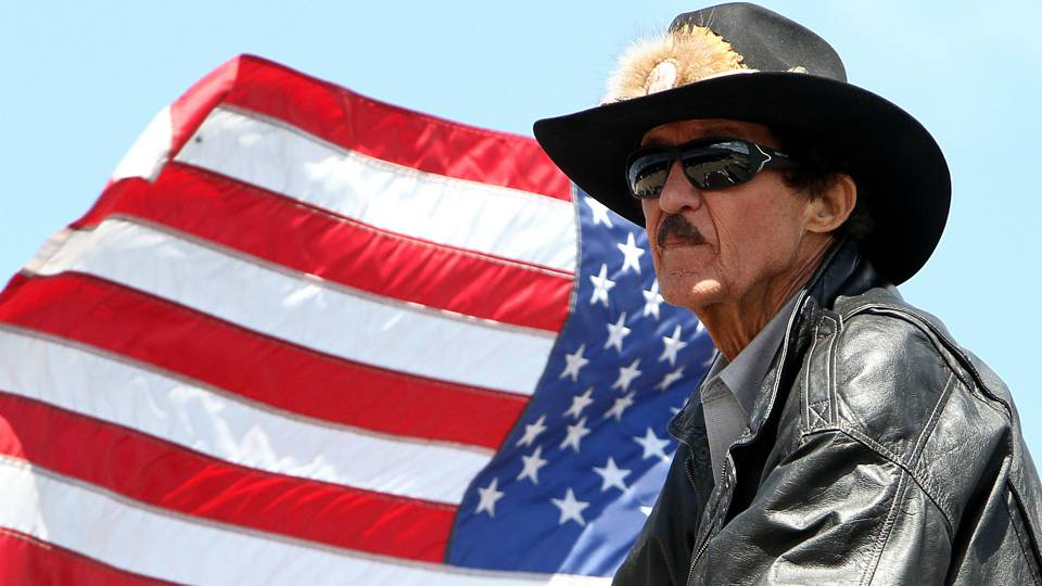 After The Disgusting Protest Of The Flag By The NFL, NASCAR Owners Got Up And Did Something Heartbreaking For The President | Red State Nation